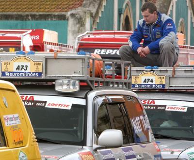Desilusão depois de anunciada a anulação do Lisboa-Dakar 2008 - Foto Lusa